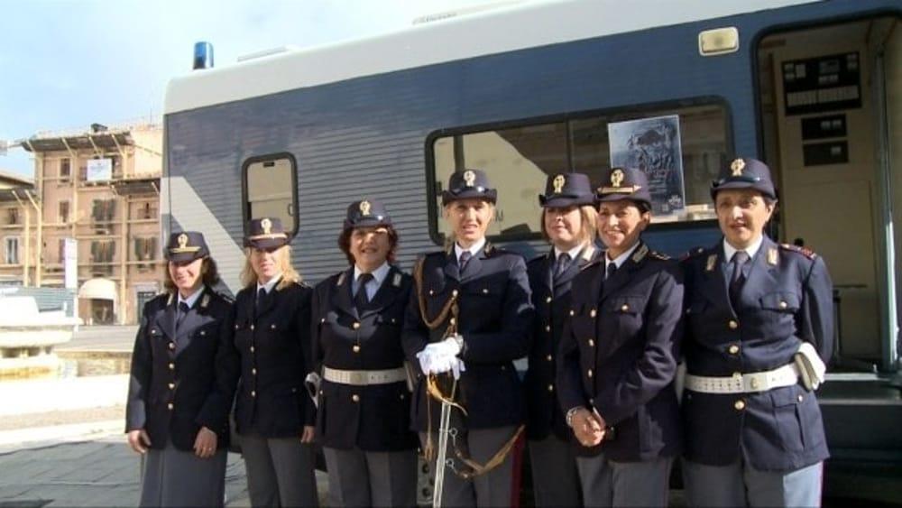 Festa della donna le iniziative a ravenna della polizia - Foto della polizia citazioni ...