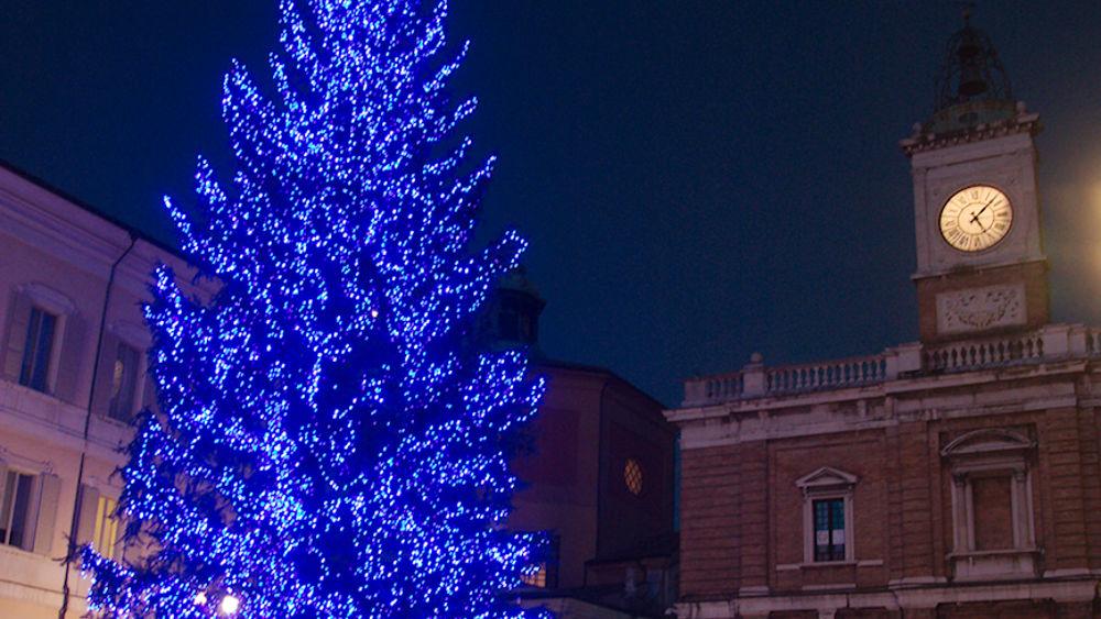 Natale a ravenna le luminarie si accenderanno il secondo for Secondo di natale