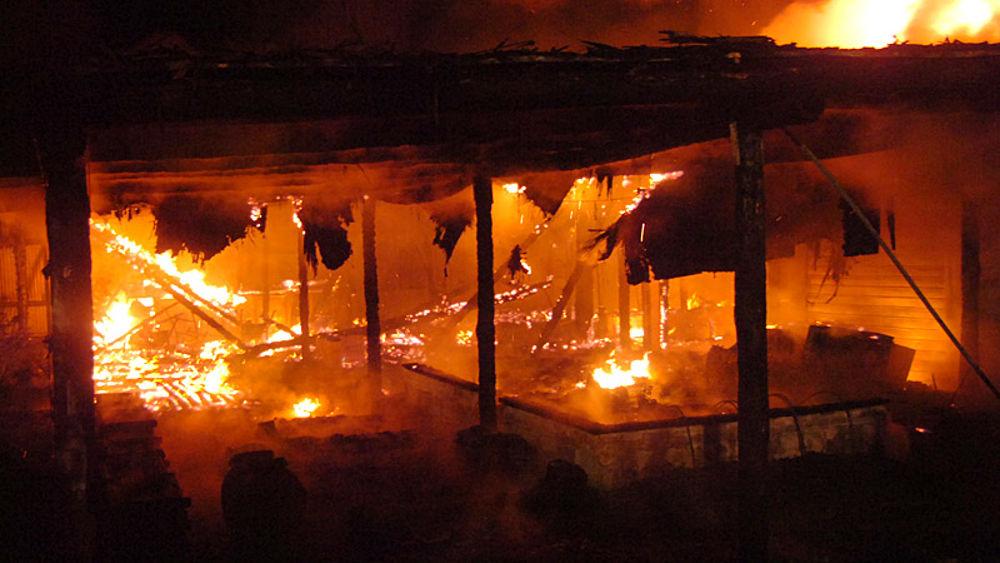 Incendio al bagno 39 mio capitano 39 di marina di ravenna - Bagno lucciolamarina di ravenna ...