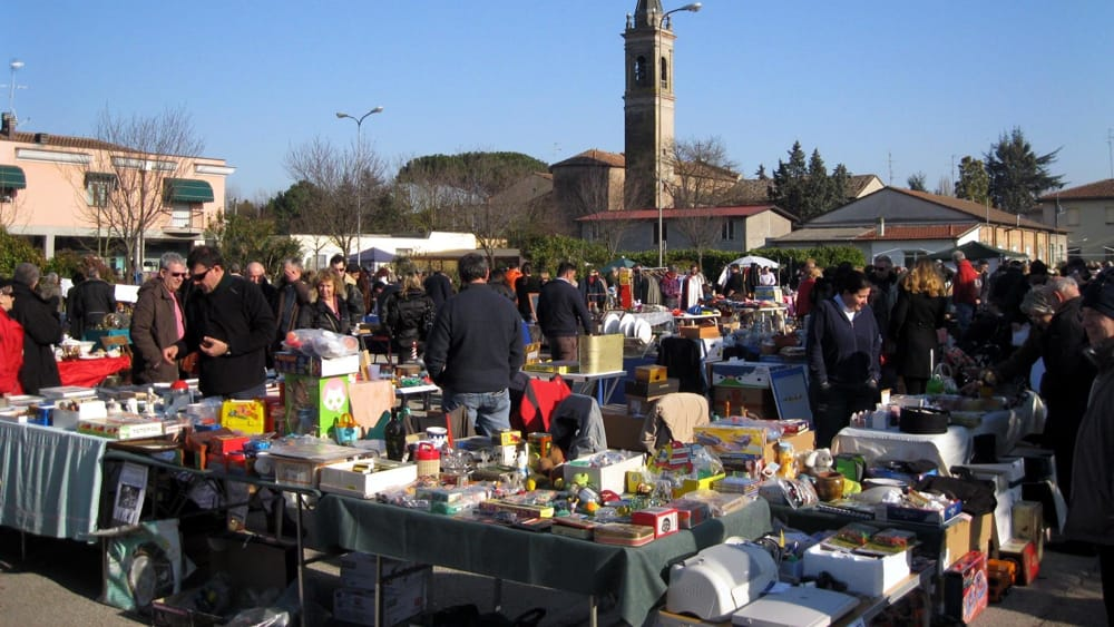Domenica 2 aprile mercatino del riuso la soffitta in - Mercatino ravenna ...