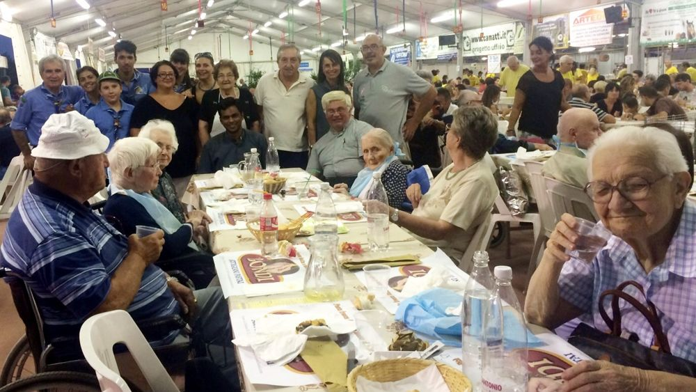 Nuovo men per gli ospiti della casa protetta manuela for Ospiti per casa